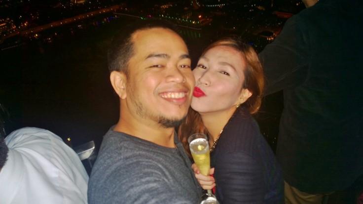 NY champagne kiss